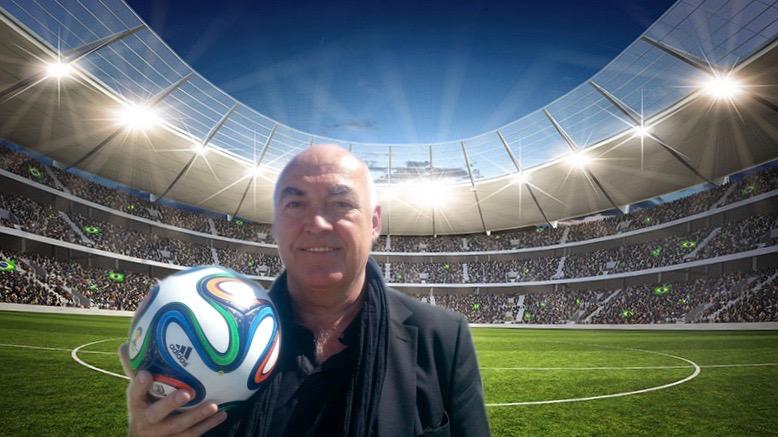 Peter Jamin erzählt Witze über Fußball