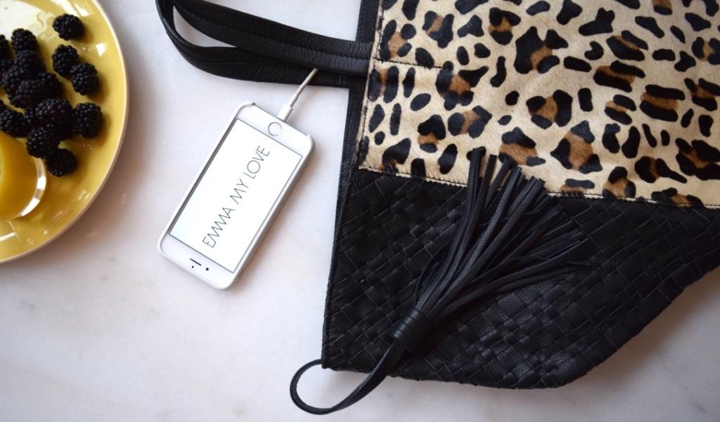Hightech Damenhandtasche