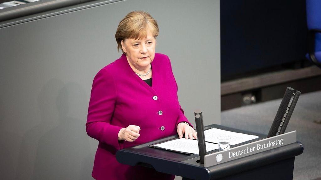 Coronakrise: Bundeskanzlerin Merkel im Bundestag
